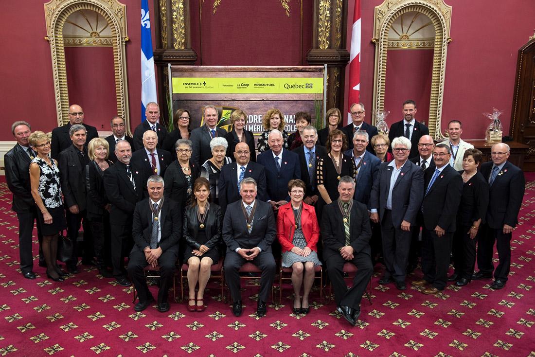 Photo de groupe de tous les commandeurs